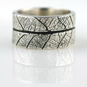 """""""wild leaf"""" ring"""