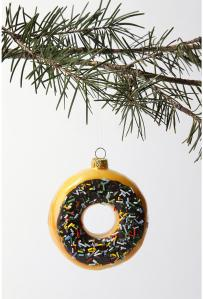 big-donut-christmas-tree-ornament