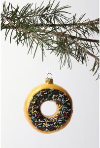 big-donut-christmas-tree-ornament